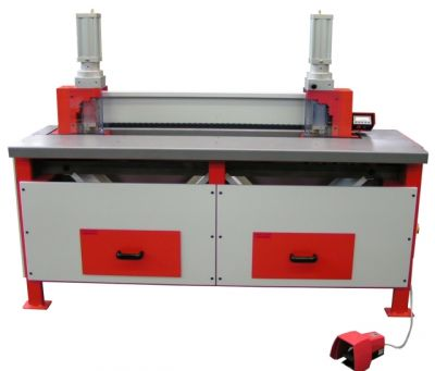 Tischausklinkmaschine2